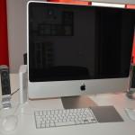 iMac mit angeschlossener SSD, externer Festplatte (FW800), 2.1 Soundsystem